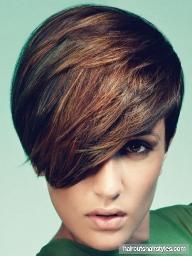 chic_long_bangs_short_haircut1254